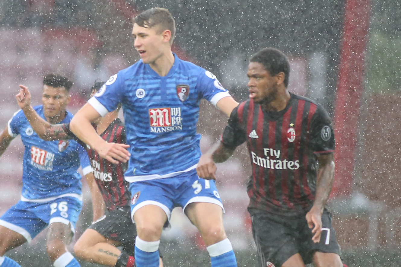 Cherries youngster Corey Jordan could be a loan option for Southend, says boss Kevin Bond