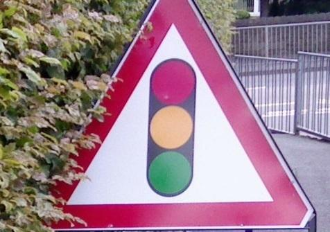 Temporary traffic lights