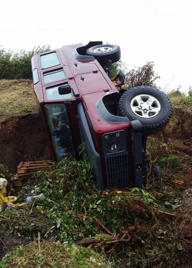 A 'stole' Land Rover has overturned in a crash in Sandford Orcas. Image@ Sherborne Police