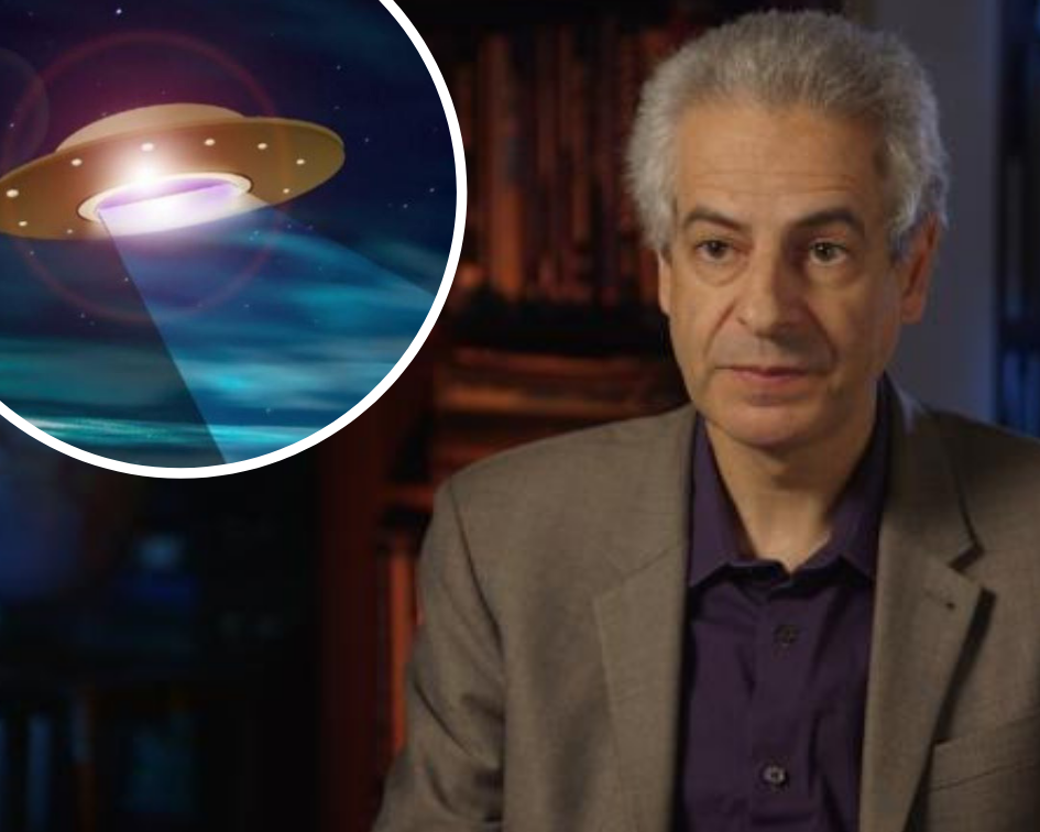UFO experts say more should be done to investigate aircraft near misses