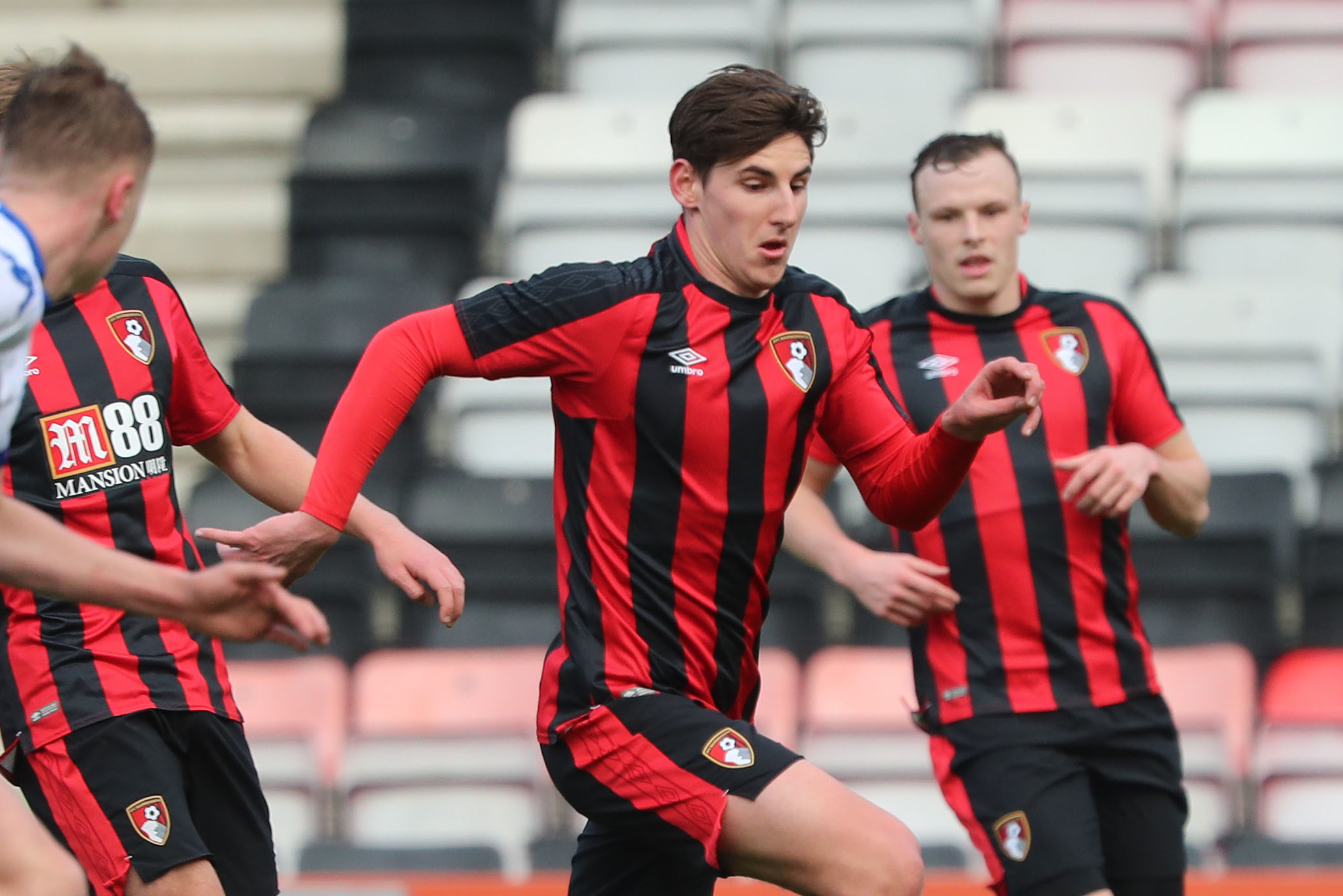'I think what makes him so great in general is his attention to detail' - Emerson Hyndman praises AFC Bournemouth boss Eddie Howe