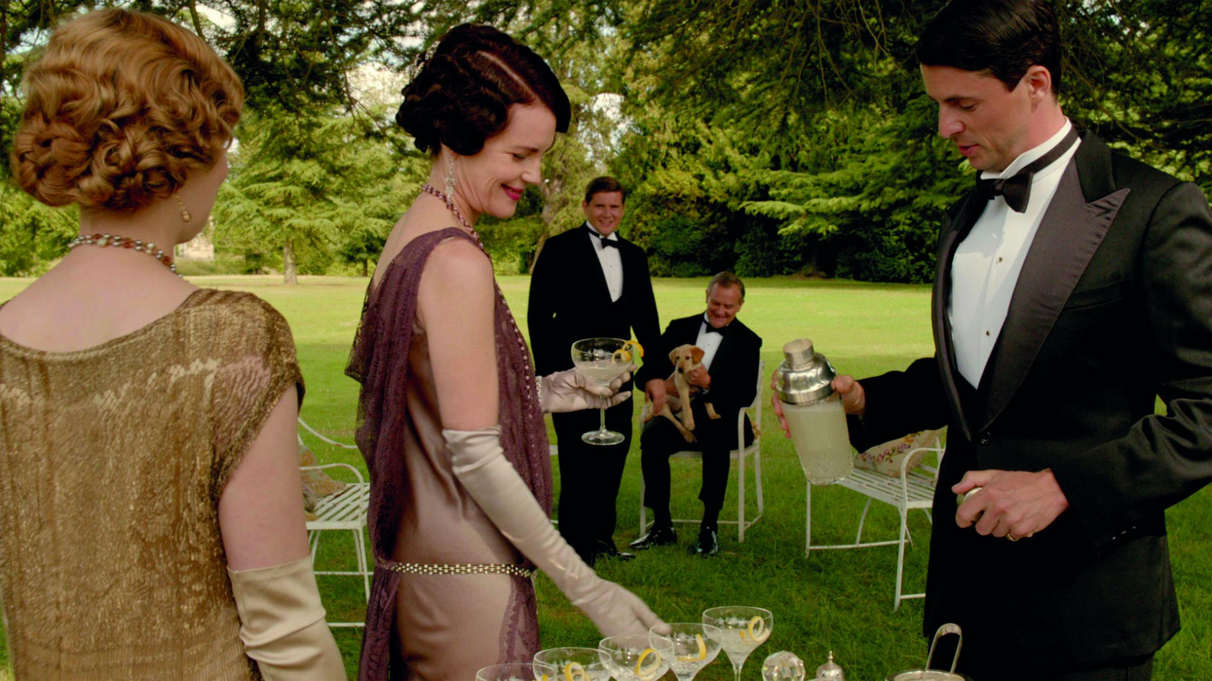 Drinking to Downton: 5 elegant cocktails to recreate at home