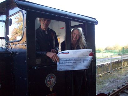 Shillingstone Station supporters, Jan and Michel L'Hours, have donated £1,000 to the restoration project.