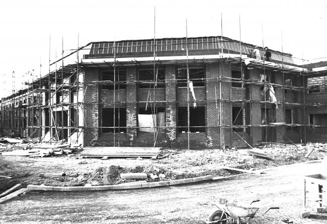 The Thistle Hotel on the Quay at Poole pictured here under construction back in 1980. 50 years on and the hotel is still going strong. What are your memories of the hotel?