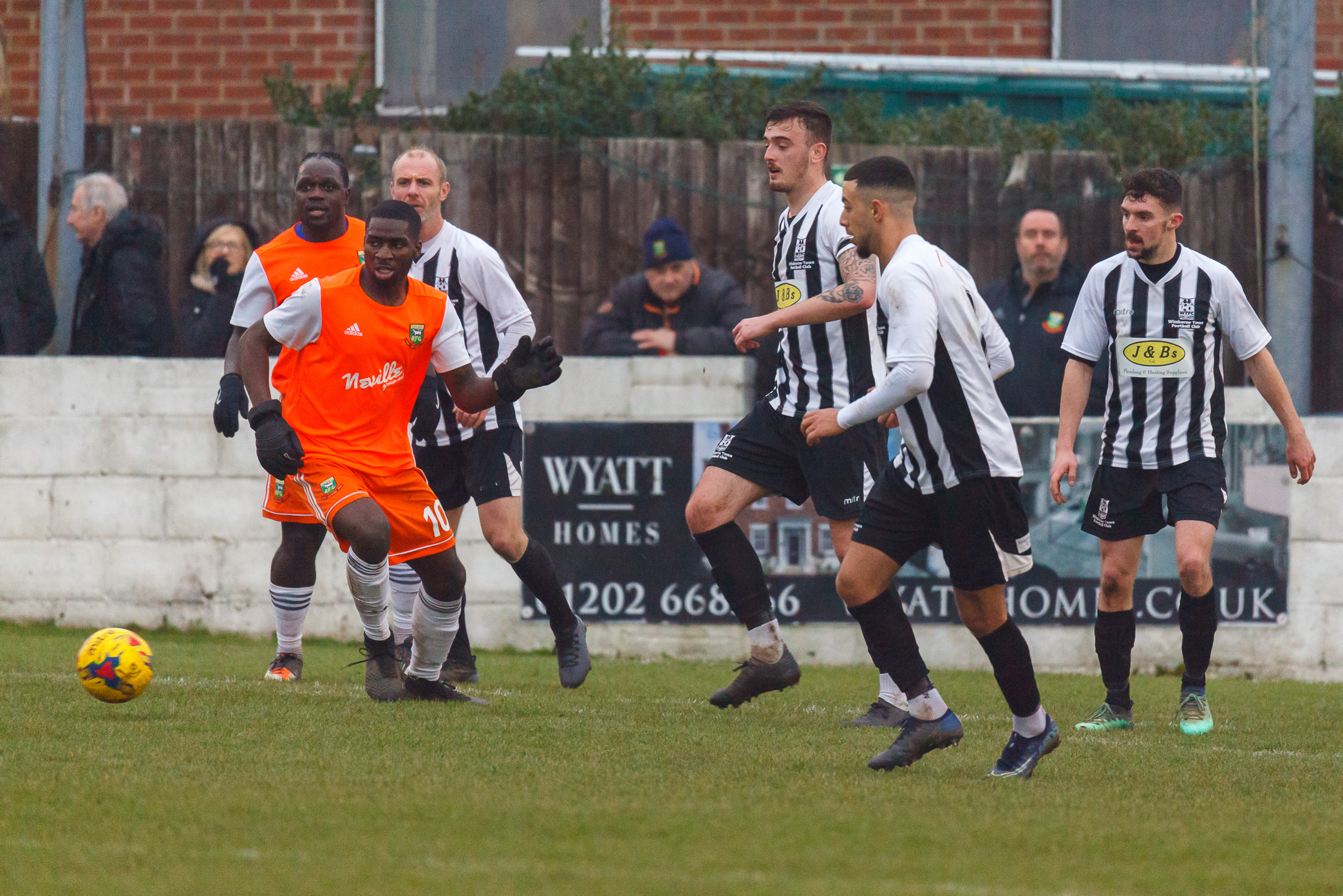 AFC Bournemouth youngster Jordan Murray makes Wimborne debut in defeat to Hendon after sealing loan switch