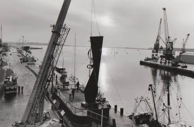 Remembering the day the Sea Music sculpture created by Sir Anthony Caro was lifted to its permanent position on Poole Quay on the October 30th 1991. The Sculpture was opened in November 1991 by the chairman of the Arts Council, Lord Palumbo. Photo Daily E