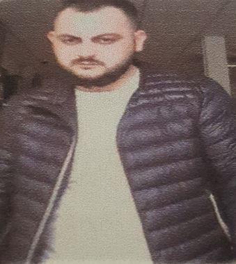 Bournemouth Echo: Gambar pria yang ingin diajak bicara oleh polisi