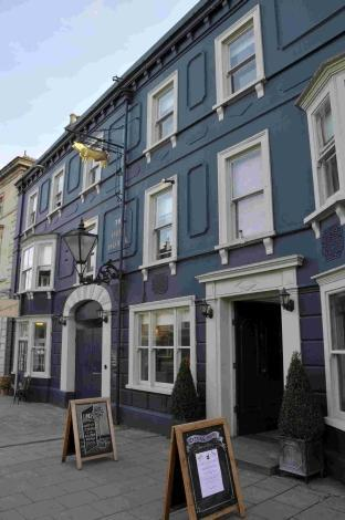 Bournemouth Echo: The Bull Hotel