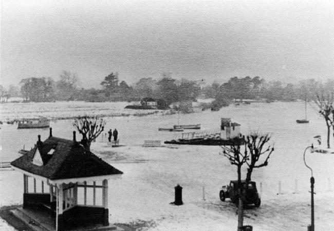 This wonderfully nostalgic photo was taken in 1963 during the great snowstorm and shows Christchurch and the Quomps covered in snow and a frozen River Stour. Photo: Red House Museum.
