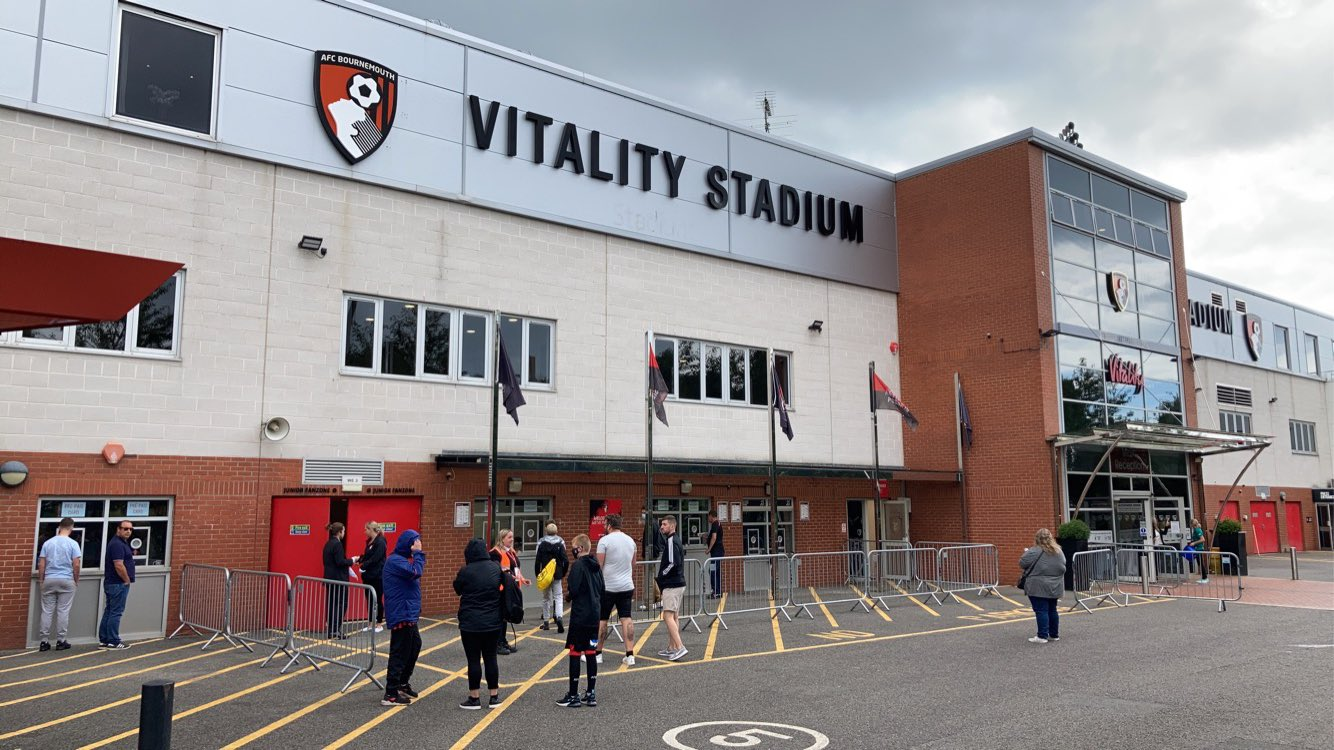 Carabao Cup: Cherries v MK Dons - Solanke adds the second
