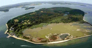Brownsea Island. Picture: Richard Crease, with thanks to Bournemouth Helicopters