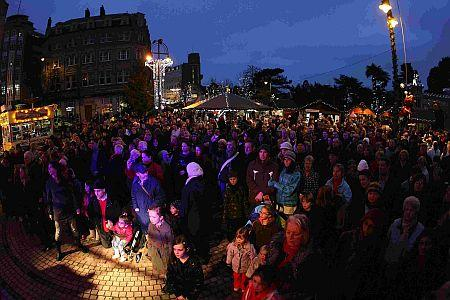 Hundreds hit streets for Bournemouth's 200th birthday