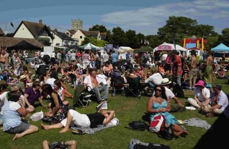 Bournemouth Echo: Crowds enjoy last year's Christchurch Festival