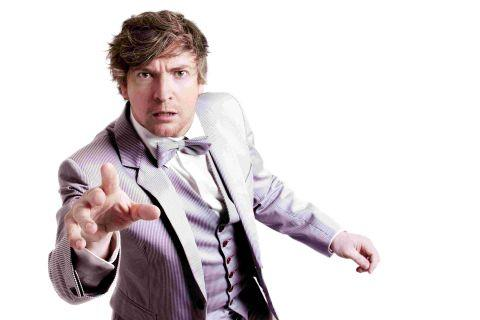 New Zealand comic Rhys Darby a hit in Bournemouth
