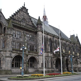 Three people have been arrested after far right-groups tried to force thier way into Rochdale Town Hall