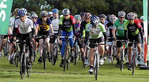 Bournemouth Echo: THEY'RE OFF:  Riders set off from Corfe Mullen recreation ground
