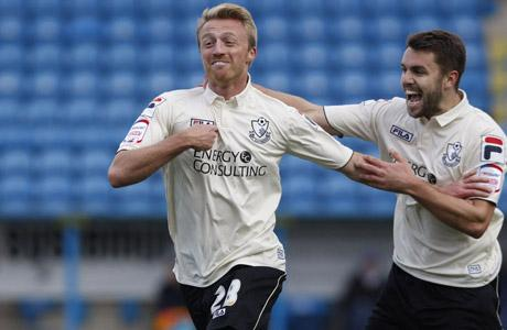 LOANEE: Lee Barnard is staying with Cherries until January