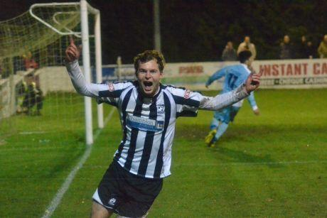 EX-FACTOR: Former Poole striker Steve Smith celebrates his goal last night. Picture: Charlotte Sprake