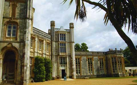 Bournemouth Echo: Highcliffe Castle
