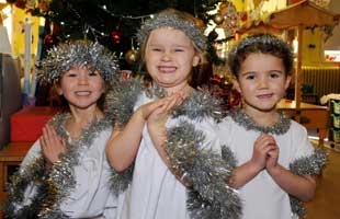 Courthill First School nativity play photo