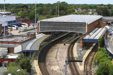 Rail delays between Bournemouth and Weymouth