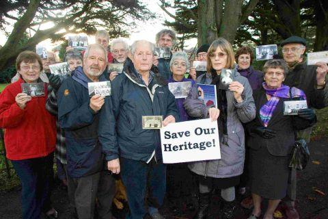 Bournemouth Echo: REFUSED: Objectors to plans to demolish part of Christchurch Hospital