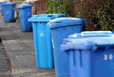 Recycling bins not emptied for a month - Poole's Christmas collections go up for debate