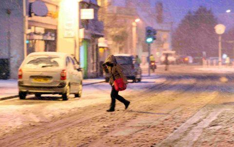 Bournemouth Echo: BLIZZARD: A walker in Christchurch