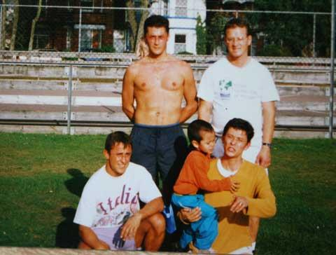 Angelo Rodrigues, back left, pictured with family