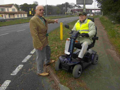 DANGER: County councillor Peter Richardson with Oaktree Park resident Matt Barry, 79