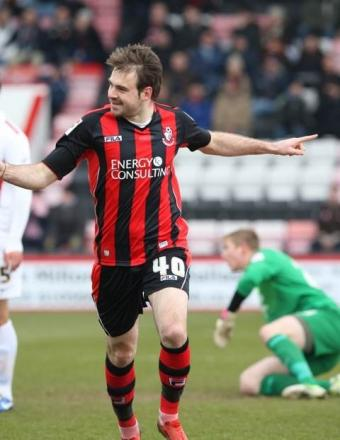 DOUBLE: Brett Pitman