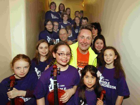 Nigel Kennedy with Coda Fiddle Orchestra members