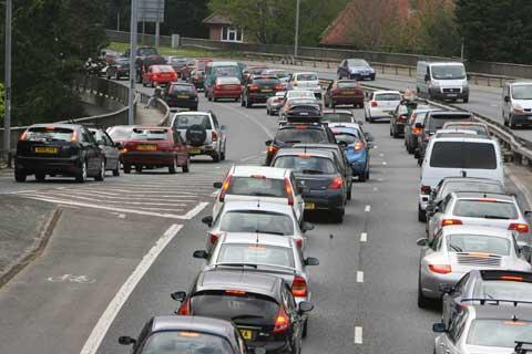 Bournemouth Echo: A338 Wessex Way closed at Cambridge Road roundabout