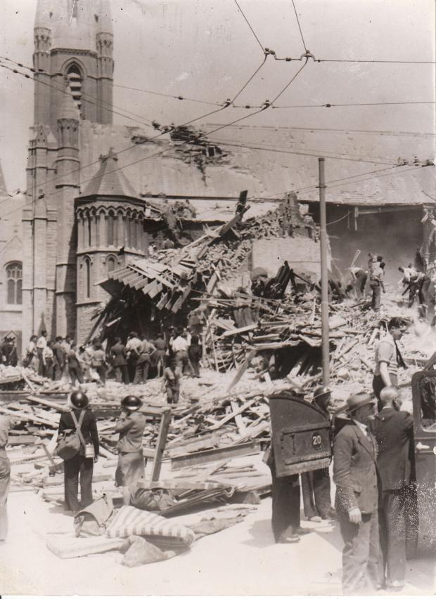 hiroshima bombing essay questions