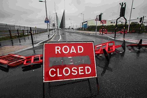 Twin Sails bridge stuck part way open
