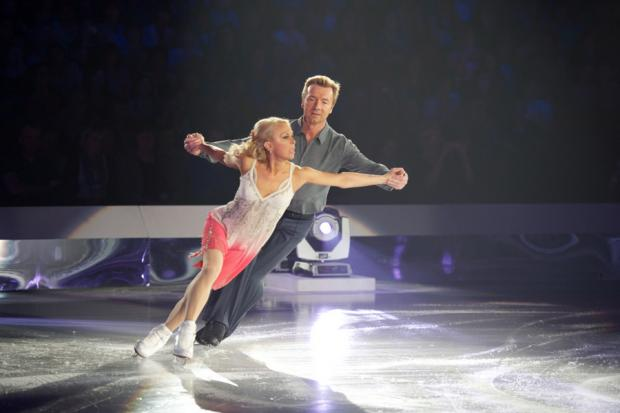 Bournemouth Echo: Bolero tour: Jayne Torvill and Christopher Dean