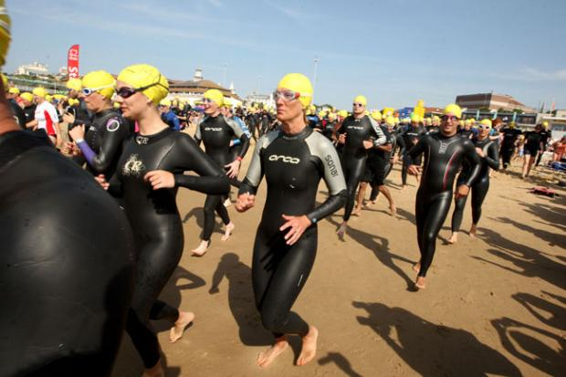 Bournemouth Echo: British Heart Foundation Pier to Pier Swim 2013