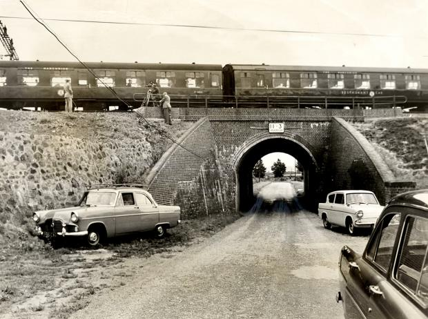Bournemouth Echo: Bridego Railway Bridge, site of the Great Train Robbery, August 1963