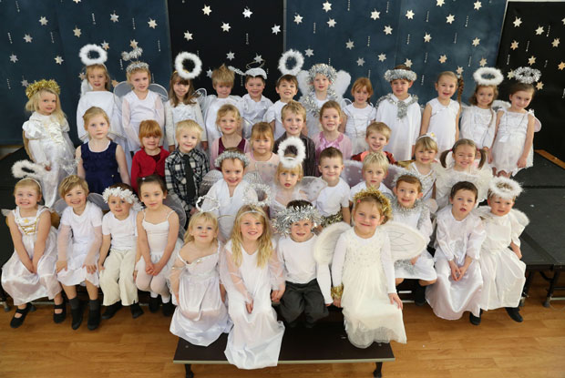 Bournemouth Echo: Lytchett Matravers Primary School nativity play 2013. Picture by Corin Messer, Bournemouth Daily Echo.