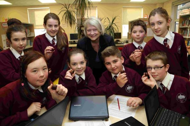 Bournemouth Echo: HISTORY: Kate Adie meets with students at Lockyer's Middle School in Corfe Mullen