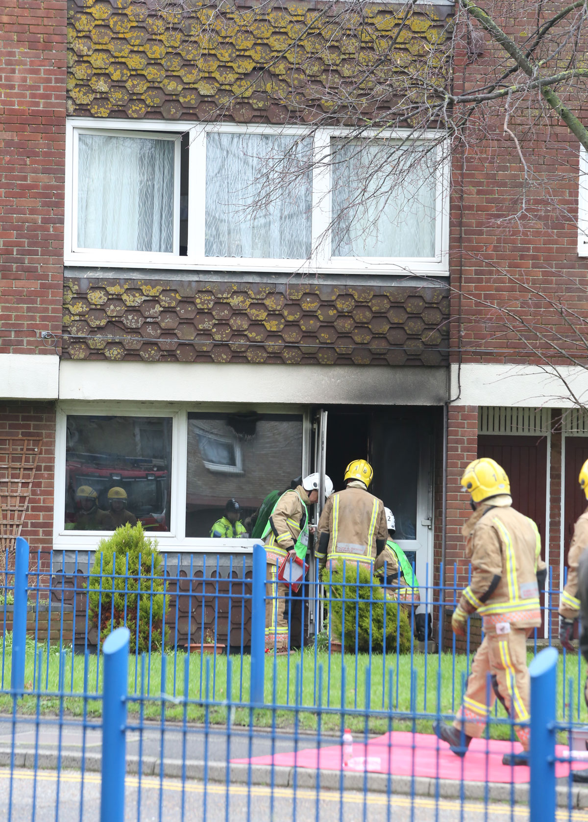 UPDATE WITH VIDEO: Firefighters tackle blaze at flats in Poole