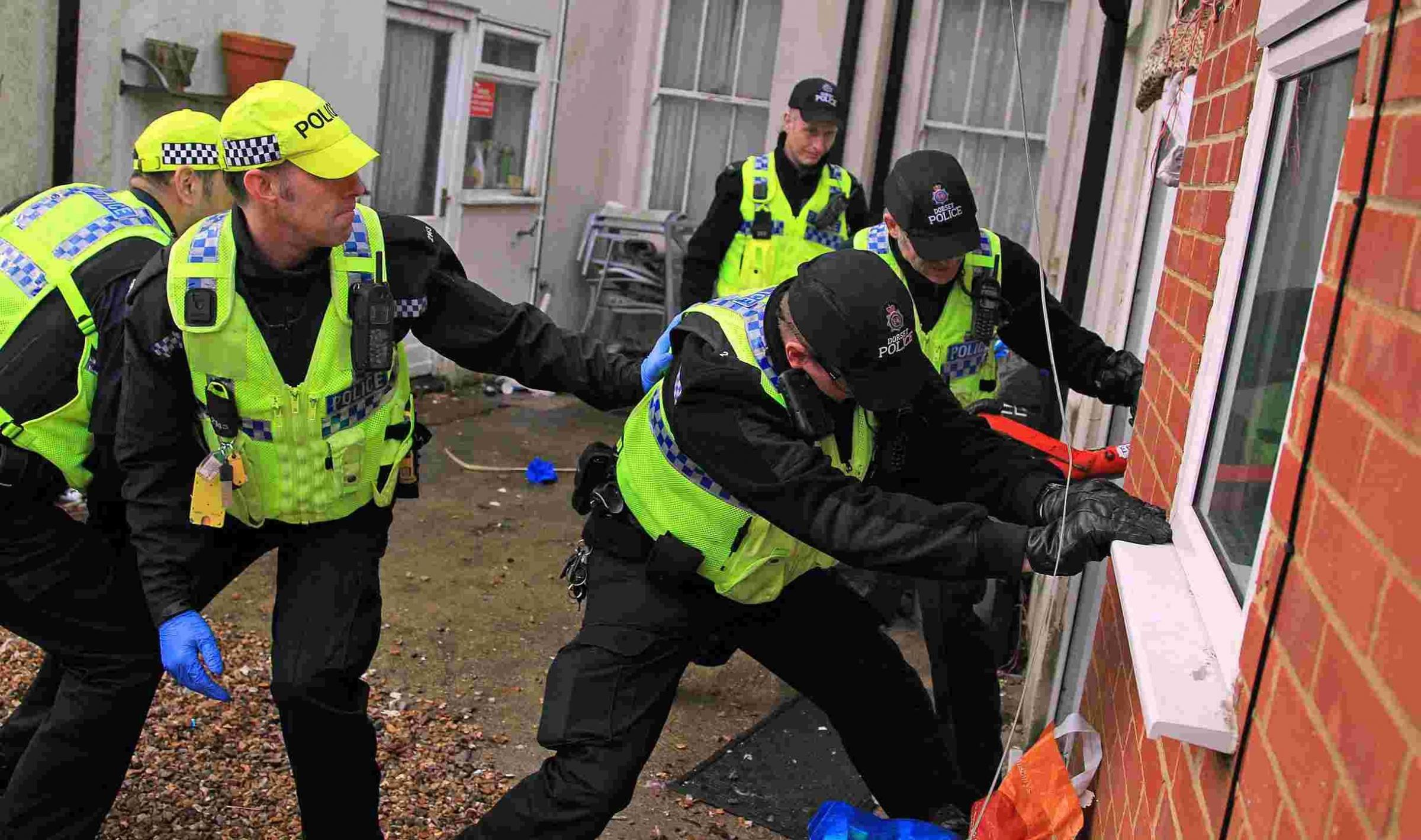 Police raid carried out in Boscombe as part of burglary crackdown