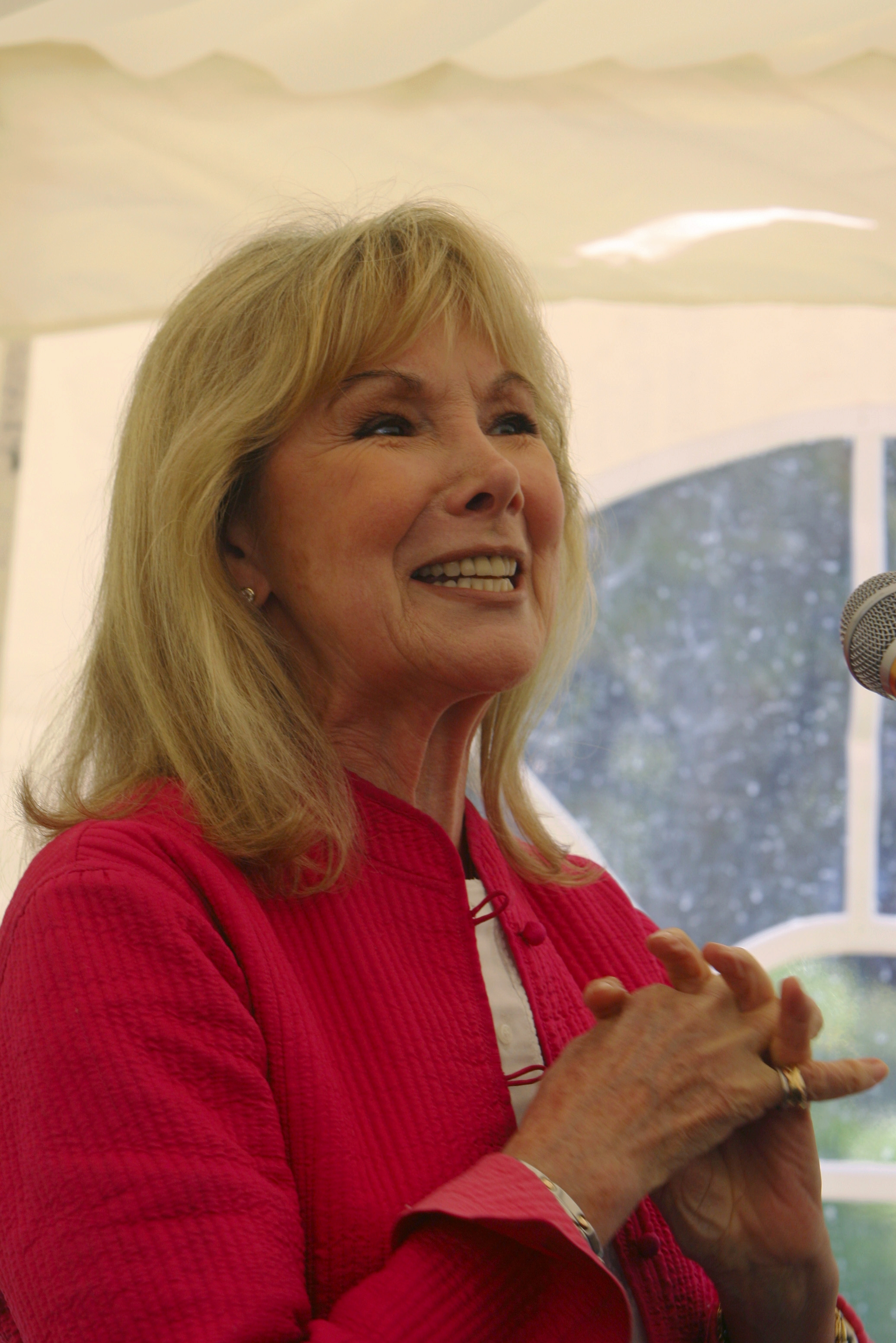 Actress Susan Hampshire to get runners underway at New Forest event (From Bournemouth Echo) - 2871390