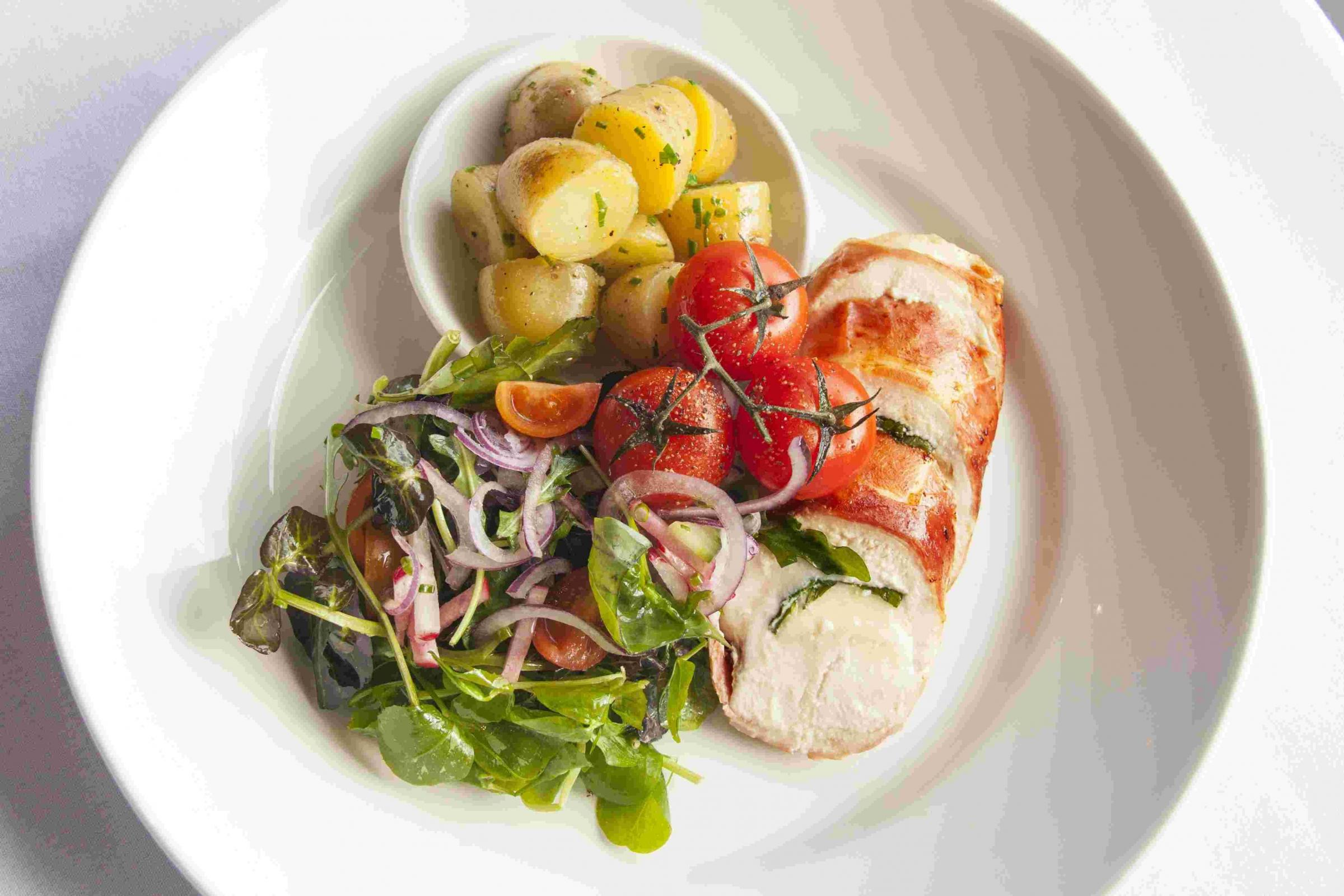 How to cook chicken breast stuffed with cheese wrapped in parma ham