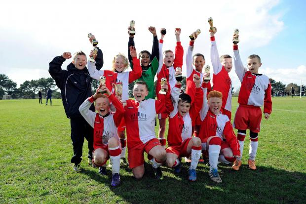 MINI MARVELS: Dorset Cup undere-10 winner Poole Town FC Wessex