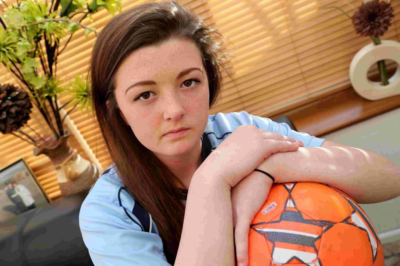 Teen's tears for paramedic Dai