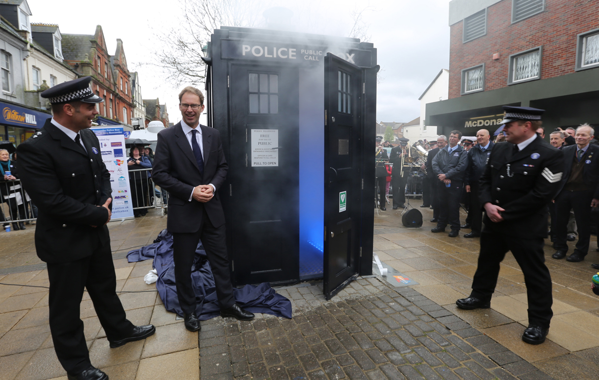 VIDEO: Doctor Who fans and residents turn out for unveiling of Boscombe's 'Tardis'