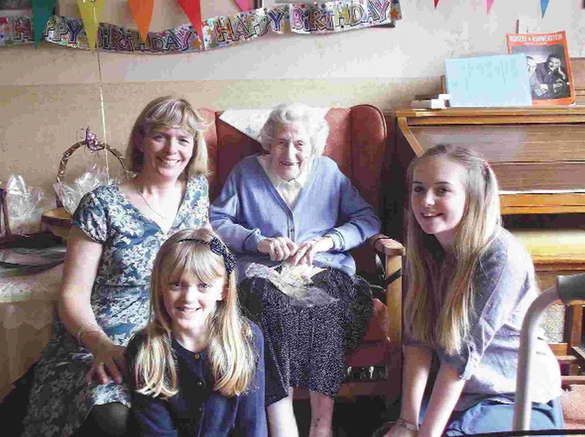 Elisabeth Davies with her goddaughter Catherine Timmons and her daughters, Charlotte and Gabriella