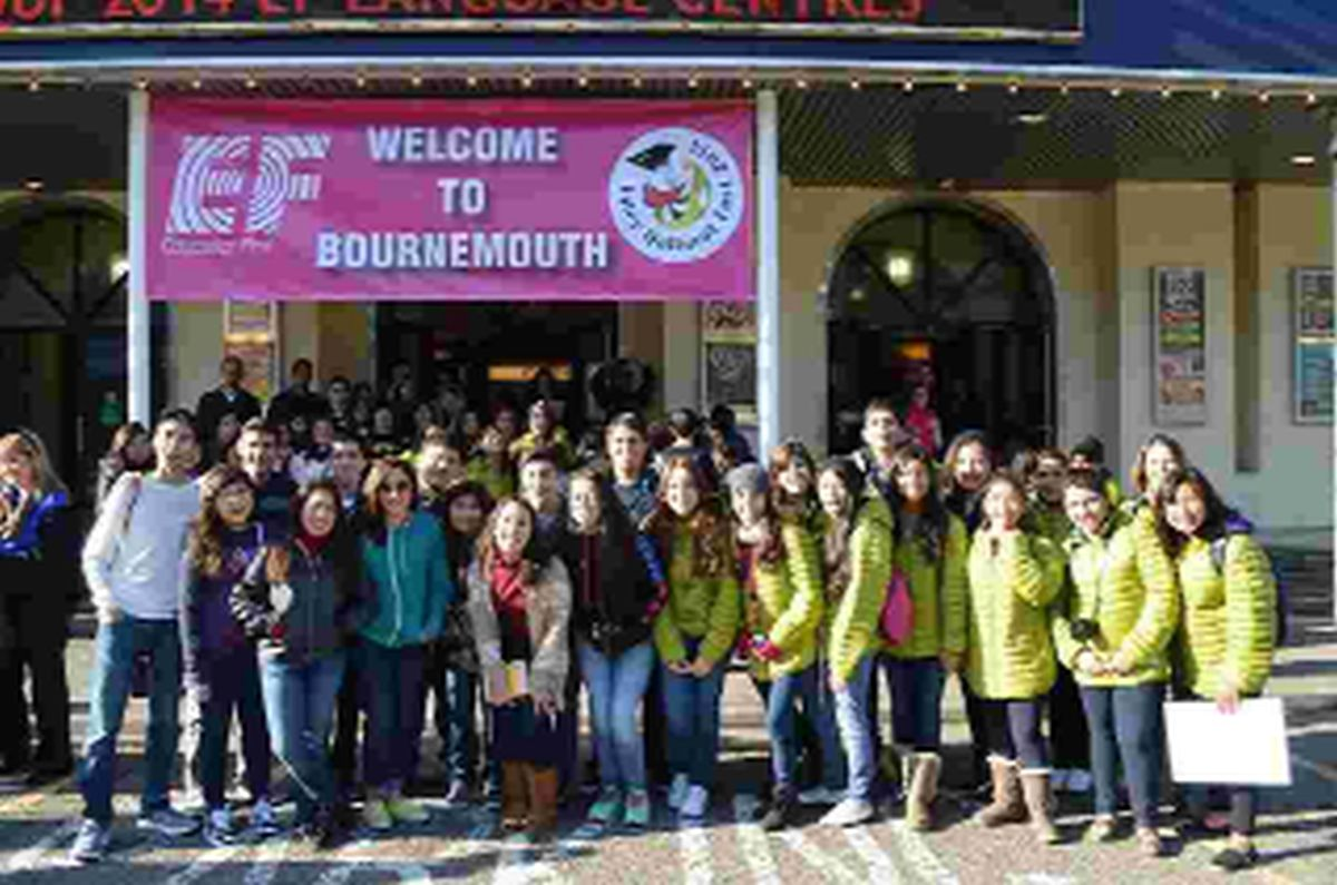 Record number of Mexican students welcomed to Bournemouth for festival