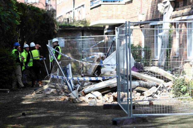 Bournemouth Echo: DANGER: Berkley Manor at Poole Road where three balconies collapsed overnight